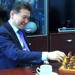 Кирсан Илюмжинов: Путин сделал ход конем, выведя войска из Сирии и загнал всех наших противников в цугцванг