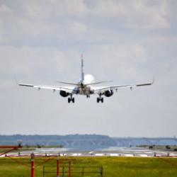 Почему билеты на самолет туда-обратно стоят дешевле?