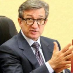 Встреча с бывшим и нынешним мэрами. Сможет ли экс-губернатор примирить оппонентов во имя развития Мариуполя?