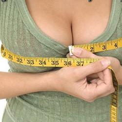 Ученые пришли к выводу: сытые и богатые мужчины предпочитают маленькую грудь