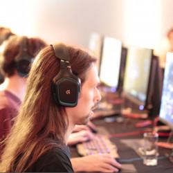 Серьезные Медведи - Paragon самая загружаемая игра в PSN, впечатления от берлинской презентации