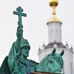 «Дожить до 36 лет, лазить по памятникам и надевать мешки на голову царям? Да его жизнь уже наказала!»