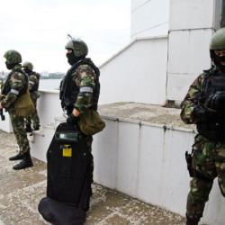 ФСБ разрешили стрелять без предупреждения: почему меры безопасности вызывают панику