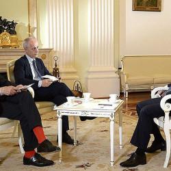 Путин и красные носки