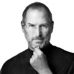 Изжизни ушёл гений современности— Стив Джобс (86)