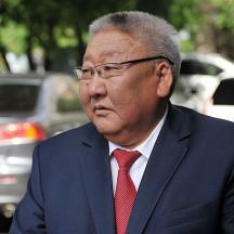 Главу Якутии обвинили в дебоше на борту самолета «Москва – Якутск», а в России может сократиться количество аптек