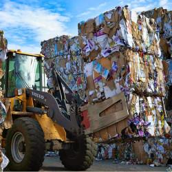 Предприниматели, зарабатывающие на сортировке и переработке мусора, рассказывают о своем бизнесе
