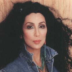 CHER - певица и киноактриса, королева шоу бизнеса.