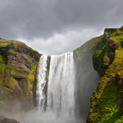 Исландия: довольно холодная, но неарктическая