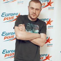 Как стать ведущим на Европа-плюс, работать на телевидении и записывать собственные альбомы