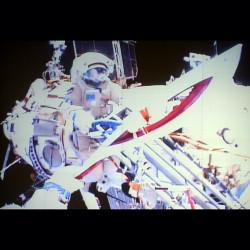 Эстафета Олимпийского огня прошла в открытом космосе