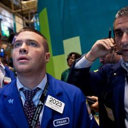 Как начинающему инвестору заработать на фондовом рынке?