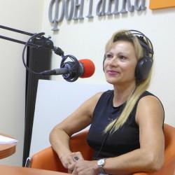 Алла Кавкабани, русская певица изФранции вгостях нарадиостанции ФонтанкаФМ. (325)