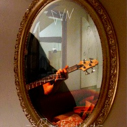 """Tweed Thing"" (инструментал: хард-рок, рок)"