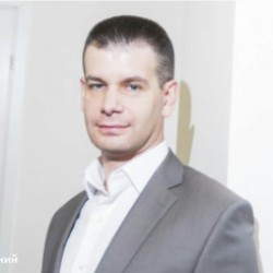 """Марк Лернер - генеральный директор компании """"Петрополь"""""""